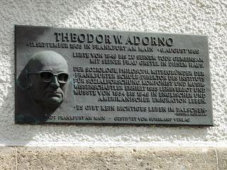 Adorno Gedenktafel
