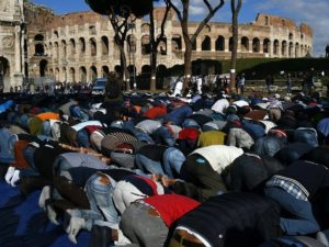 Muslims-Colosseum-640x480-300x225